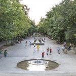 Niños Jugando en La Concha del Paseo San Gregorio - Carlos Caballero