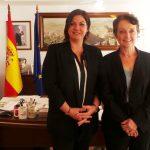 La alcaldesa con la ministra australiana