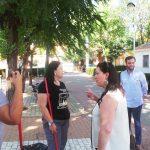 La alcaldesa visita la barriada Libertad