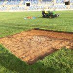 Mejora del césped del estadio de El Cerrú