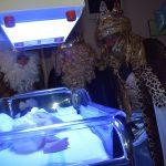 Los Reyes visitaron el Hospital Santa Bárbara
