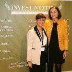 Isabel Rodríguez con la ministra Reyes Maroto en el Foro Ínvest In Cities´